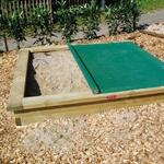 Sandkasten 200x200 cm